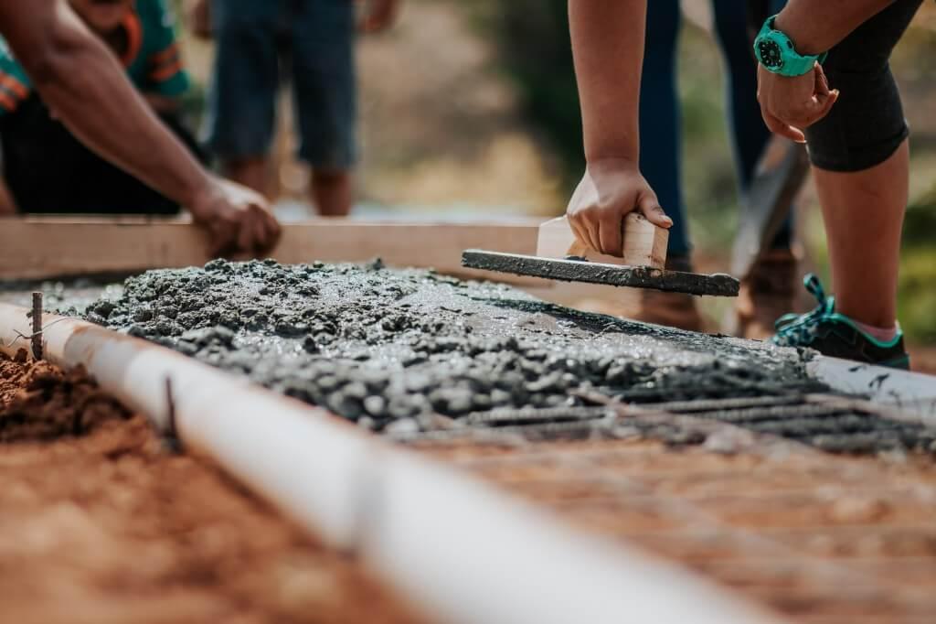 20 Advantages And Disadvantages of Concrete As a Construction Material